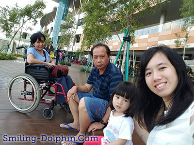 Me, CG, Mom n Dad @ Bintaro Xc Park