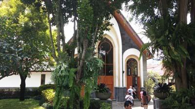 Pray at Karmel, Lembang